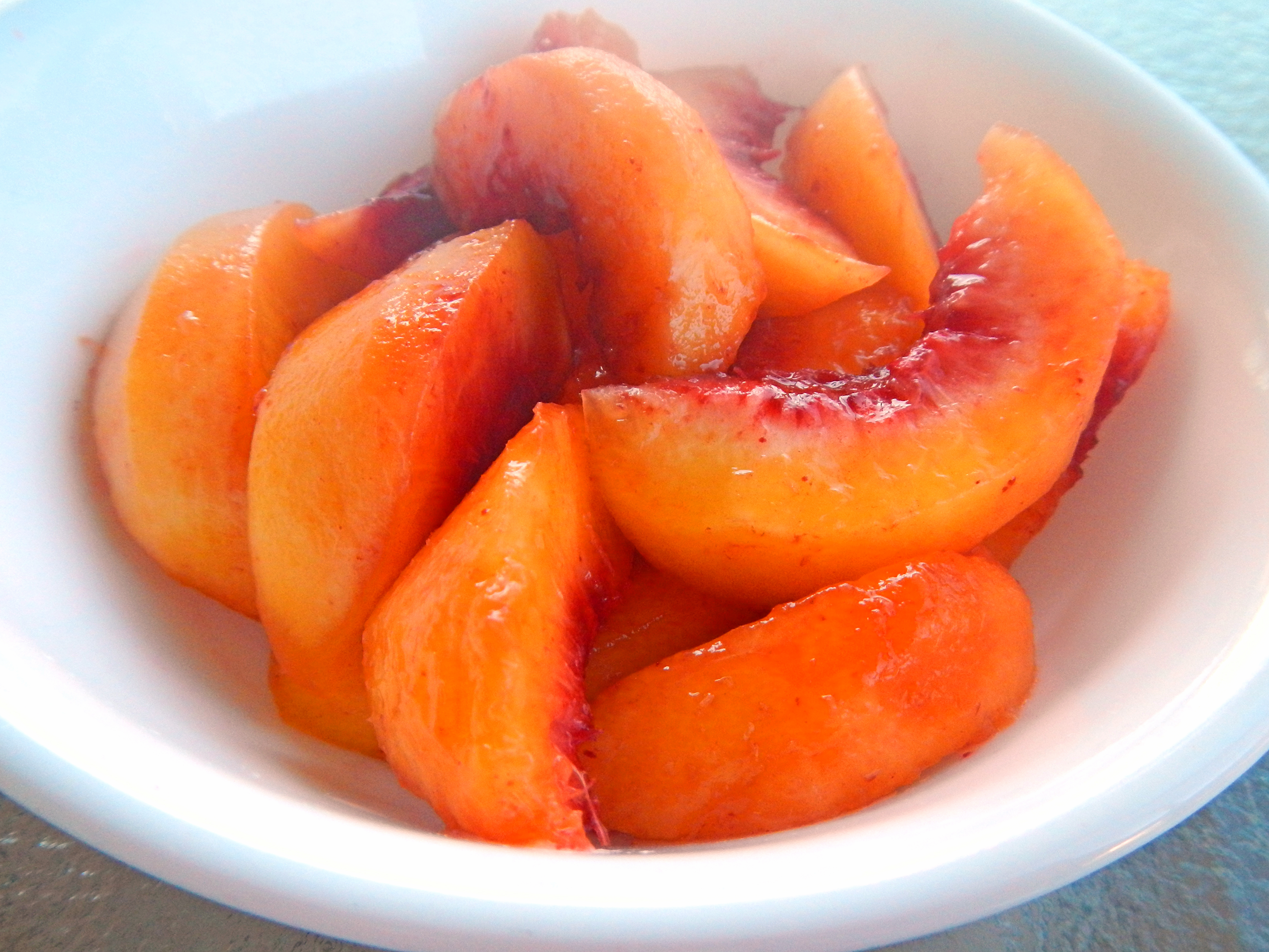 Sliced peaches fresh peaches the slice is right cook it quick