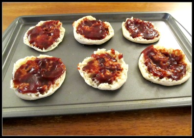 English Muffins with BBQ